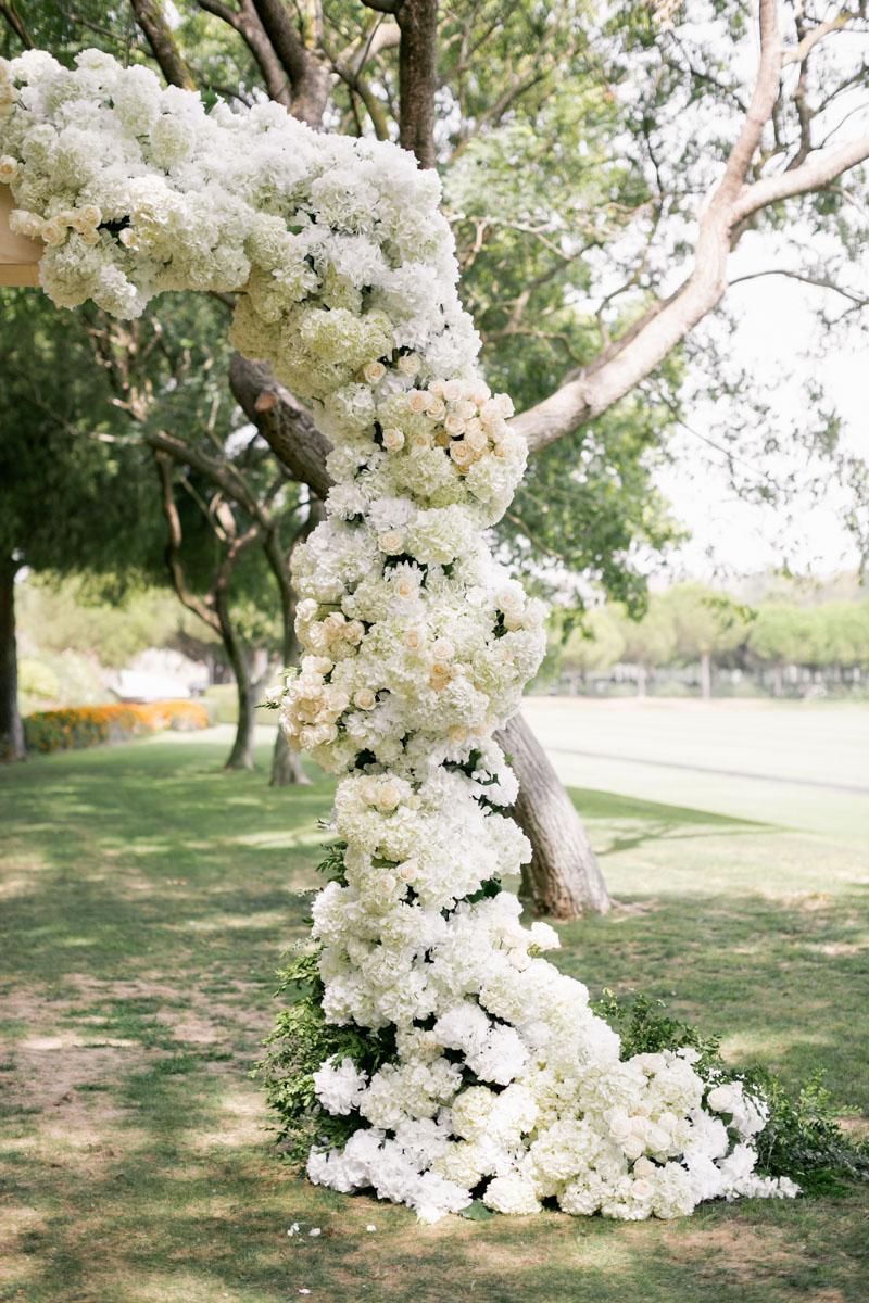 White flower garland wedding ceremony Cancha II Sotogrande