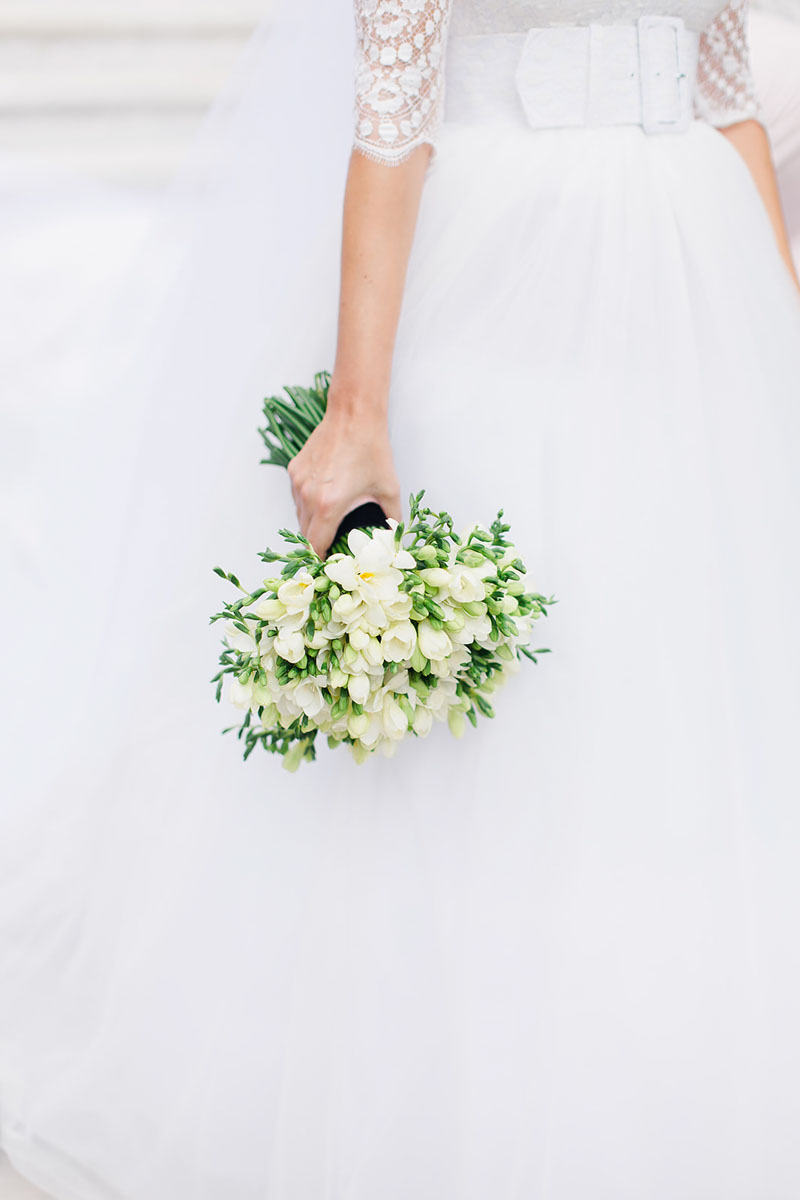 Fresias bridal bouquet Anantara Villa Padierna