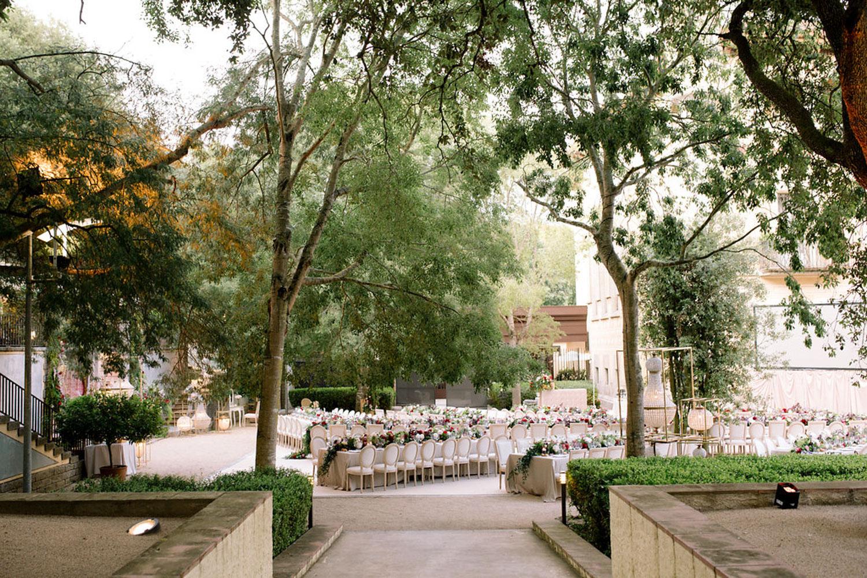 long tables wedding and crystal lamps wedding Barcelona