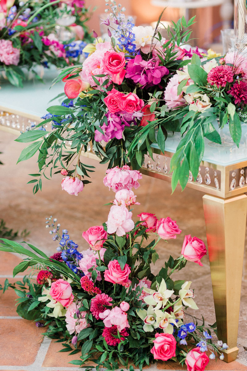 gold table colourful table arrangements wedding Anantara Villa Padierna
