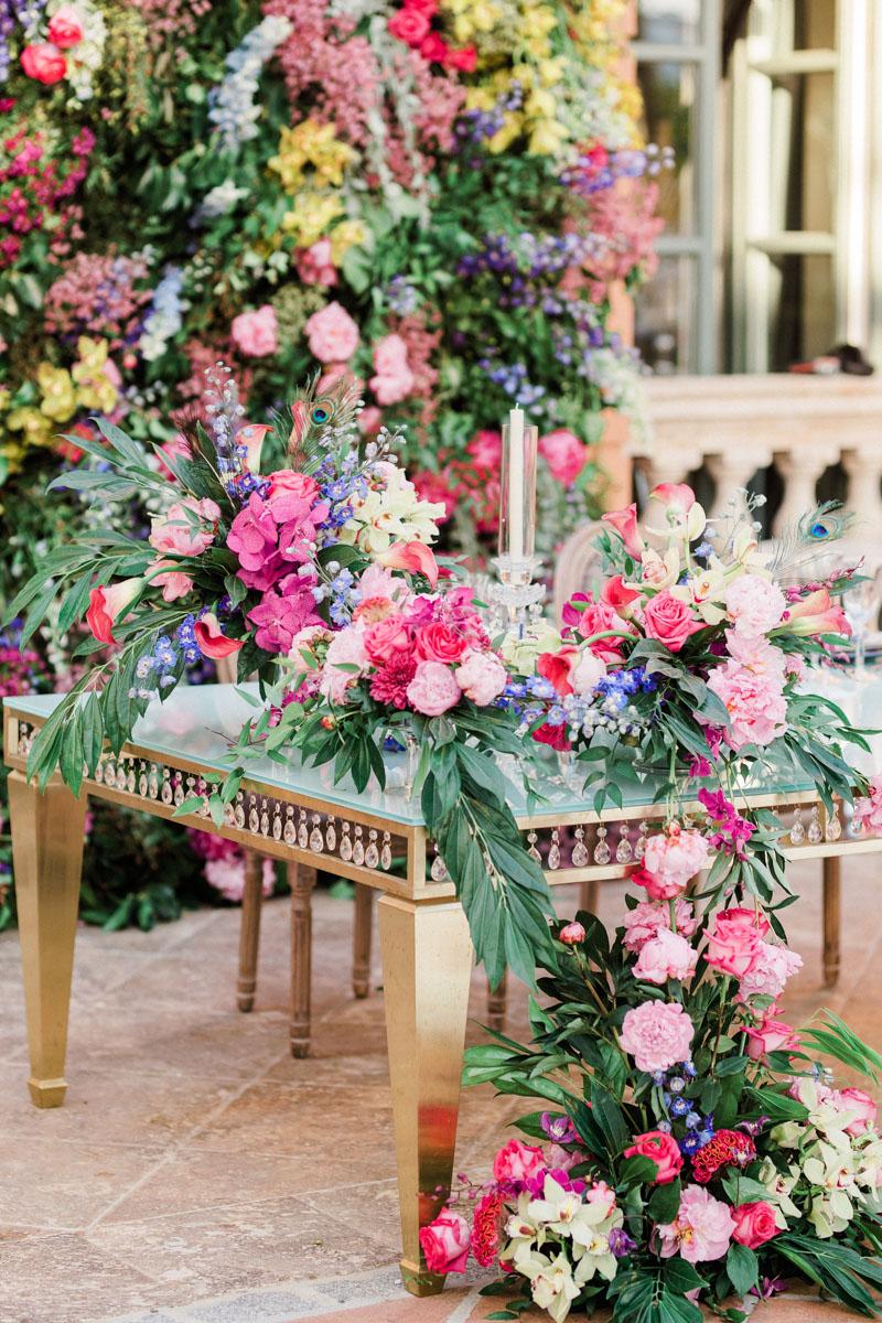 Top table flower decoration flower wall wedding Anantara Villa Padierna