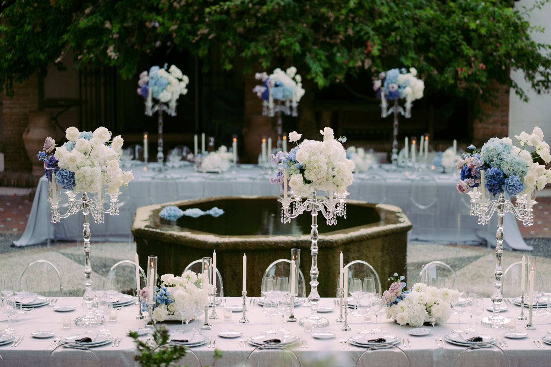 Crystal chandeliers ombre style flower decoration wedding Molino del Duque Marbella