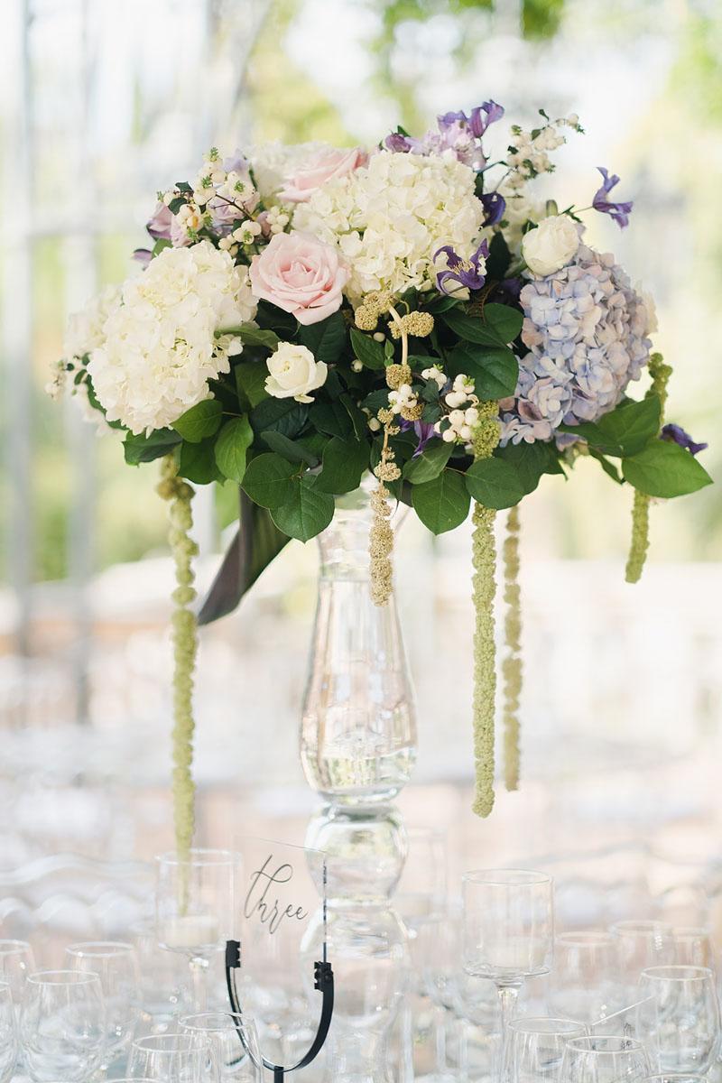 Table number wedding and flower arrangement Anantara Villa Padierna