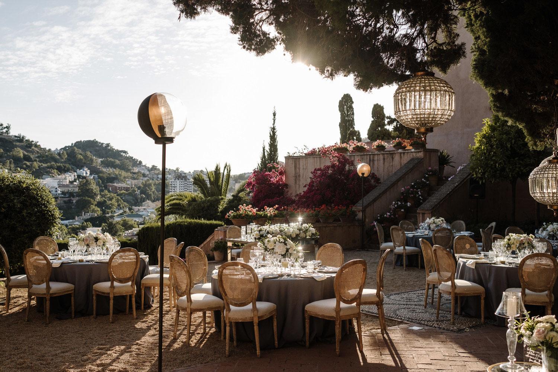 Table set up Blue table cloth lamp Louis XVI chairs gold cutlery wedding Castillo de Santa Catalina Malaga