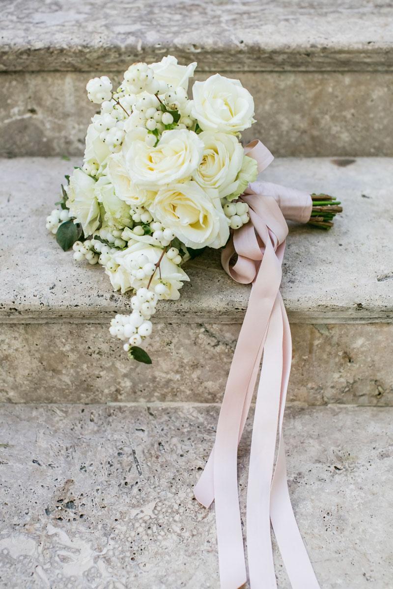 bridal bouquet white roses wedding Marbella Anantara Villa Padierna