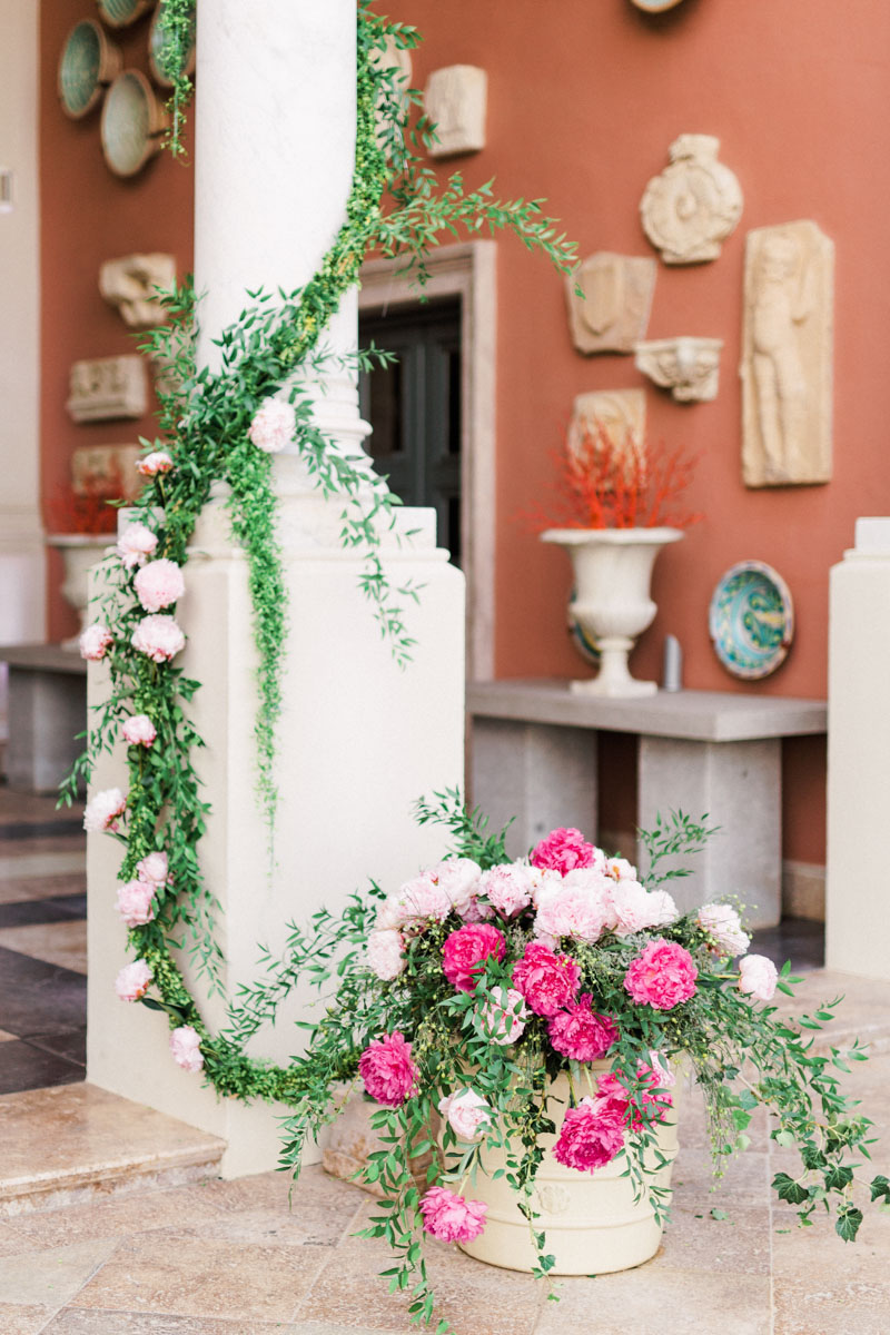 Flower decoration wedding reception Anantara Villa Padierna