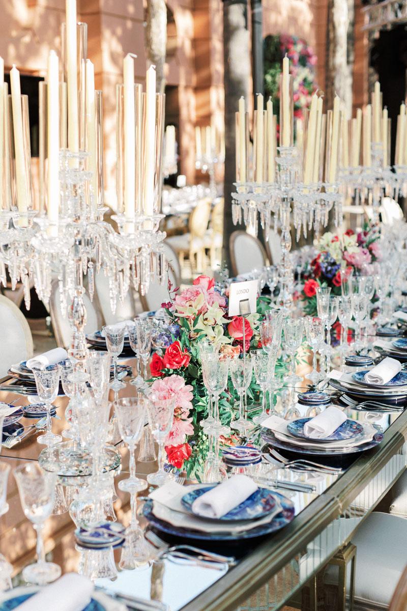 Mirror table set up wedding Marbella Anantara Villa Padierna